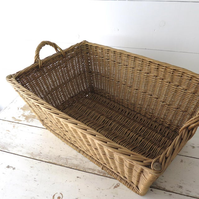 Vintage French Laundry Basket For Sale In Houston - Image 6 of 8