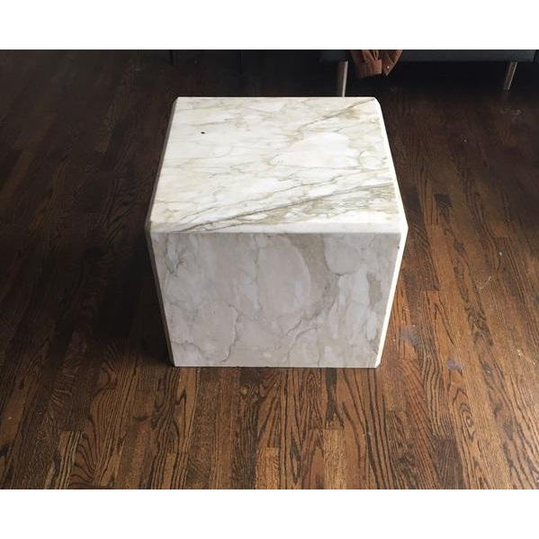 Industrial Modern White and Gold Marble Cube For Sale - Image 3 of 3