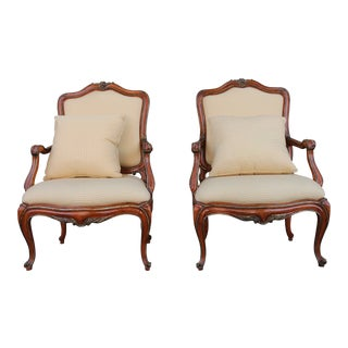 Italian Rococo Pair of Chairs For Sale
