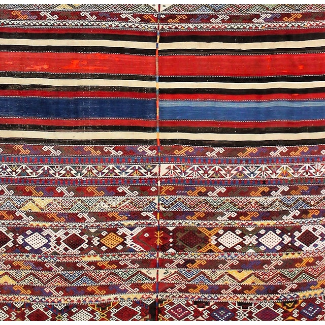 19th Century Antique Turkish Kilim Rug- 4′4″ × 7′8″ For Sale - Image 5 of 6