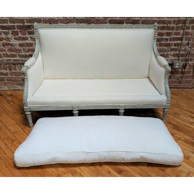 19th Century Antique Carved Frame and White Linen Settee For Sale - Image 11 of 12