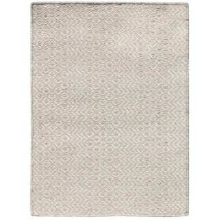 Bella Modern Ivory Hand-Woven Rug 8'x10' For Sale