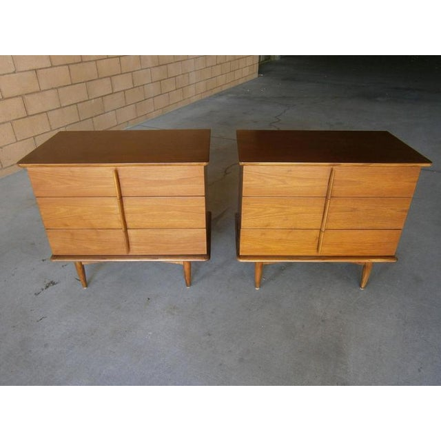 Mahogany Bedside Chests - A Pair - Image 6 of 7