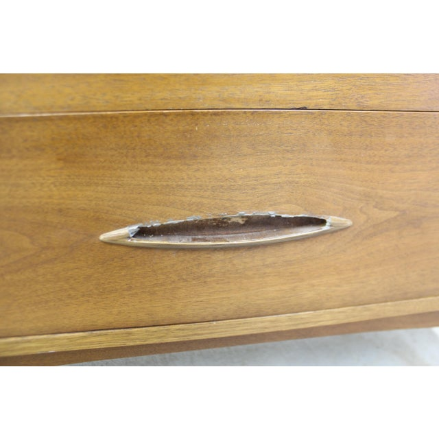 Mid-Century Modern Broyhill Premier Sculptra Tall Chest of Drawers For Sale - Image 11 of 13