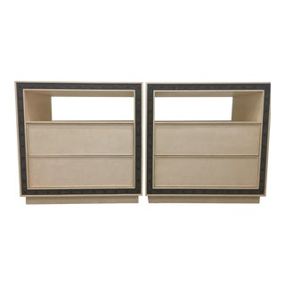 Minimalist Currey & Company Brass Detailed Nightstands - a Pair For Sale