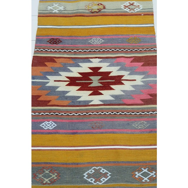 "Mid 20th Century Vintage Turkish Kilim Runner-1'10'x8'3"" For Sale - Image 5 of 13"