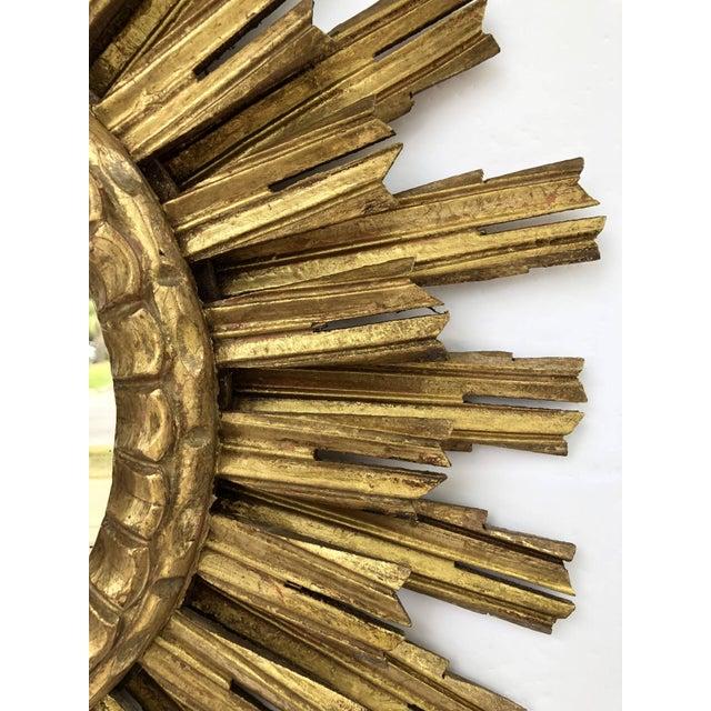 French Gilt Starburst or Sunburst Mirror (Diameter 25) For Sale In Austin - Image 6 of 9