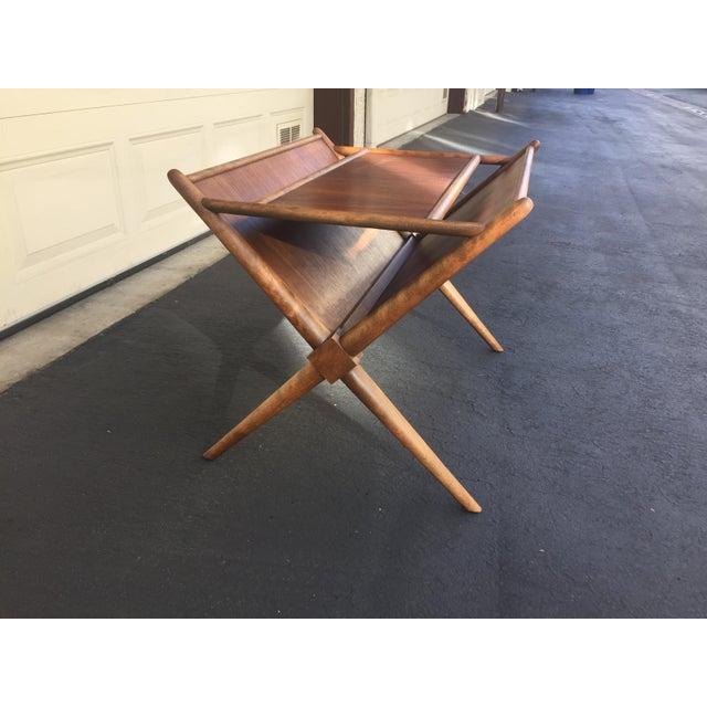 Brown 1960s Mid-Century Modern t.h. Robsjohn-Gibbings for Widdicomb Walnut X Frame Magazine Table For Sale - Image 8 of 12