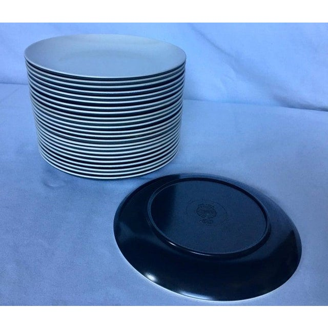 Mid-Century Modern Pan Am Airlines Melamine Plates Dinnerware Service, 1960s - Set of 74 For Sale - Image 9 of 13