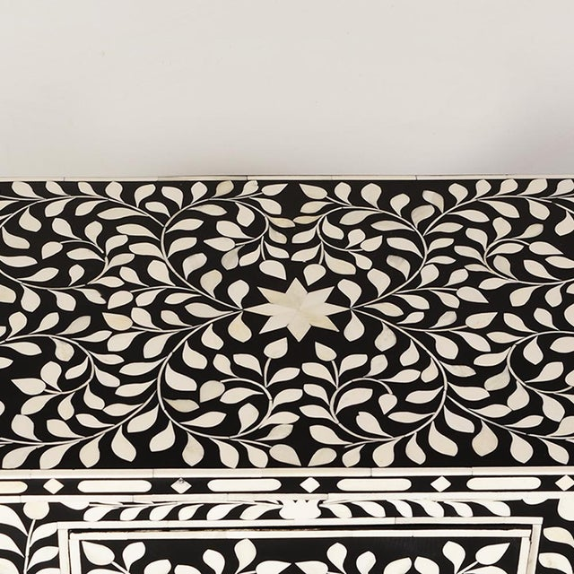 Imperial Beauty 2 Drawer Bedside Table in Black/White For Sale - Image 4 of 6