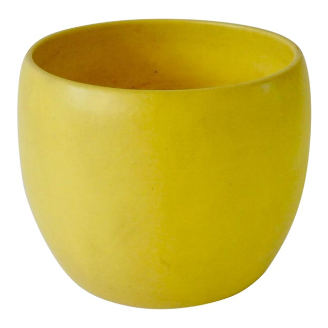 Early Gainey Large Yellow California Modern Planter Pot For Sale