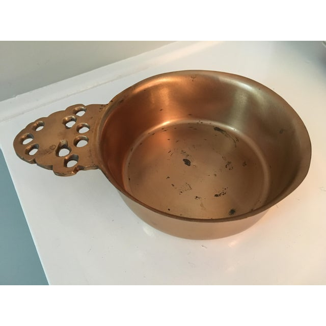 Gold Rare, Vintage Colonial Williamsburg, Virginia Metalcrafters Brass & Bronze Porringer Bowl For Sale - Image 8 of 11