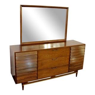 1970s Mid-Century Modern Dania Gershun for American of Martinsville Walnut Dresser with Mirror