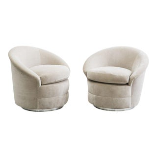 Milo Baughman, Light Gray Swivel Chairs, USA, 1970s