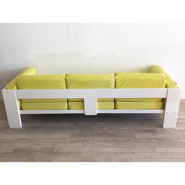 "Mid-Century Modern 1970s Vintage Tobia Scarpa for Knoll ""Bastiano"" 3 Seater Sofa For Sale - Image 3 of 11"