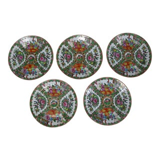 Antique Chinese Qing Rose Medallion Porcelain Nine Inch Plates Set of 5 Imperfect For Sale
