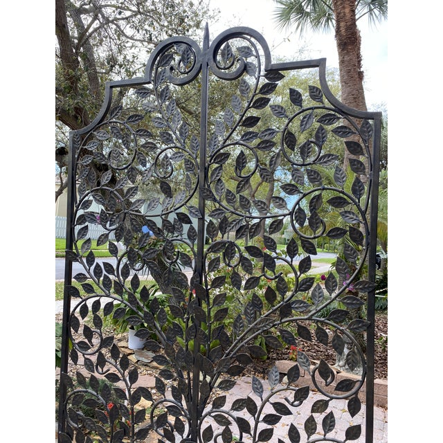 Quality handmade wrought iron leaf metal panel screen divider. This is heavy piece of metal screen. It is one piece it...