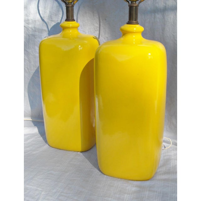Mid Century Modern Vibrant Yellow Lamps - Pair - Image 3 of 8