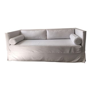 Custom Carlyle Avery Boardman Sofa Daybed White Linen or Prussian Velvet For Sale