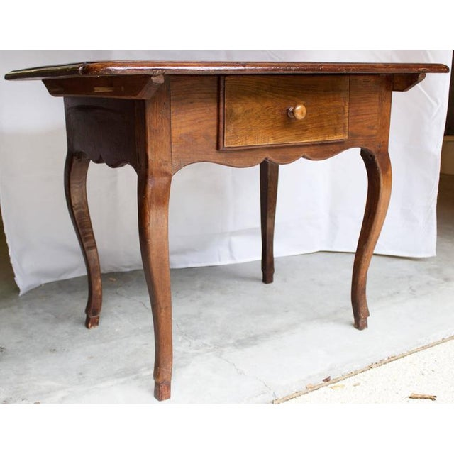 French 17th Century Antique Louis XV French Chestnut Desk / Side Table For Sale - Image 3 of 9