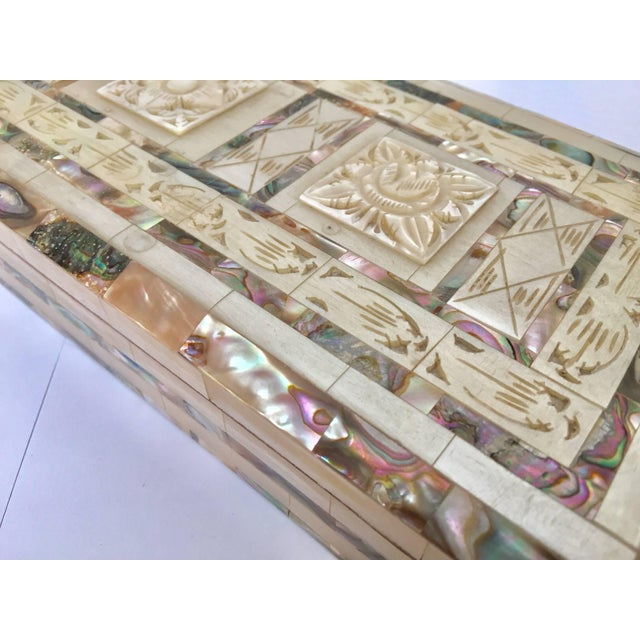 Green Middle Eastern Abalone and Mother-Of-Pearl Inlay Large Rectangular Box For Sale - Image 8 of 13