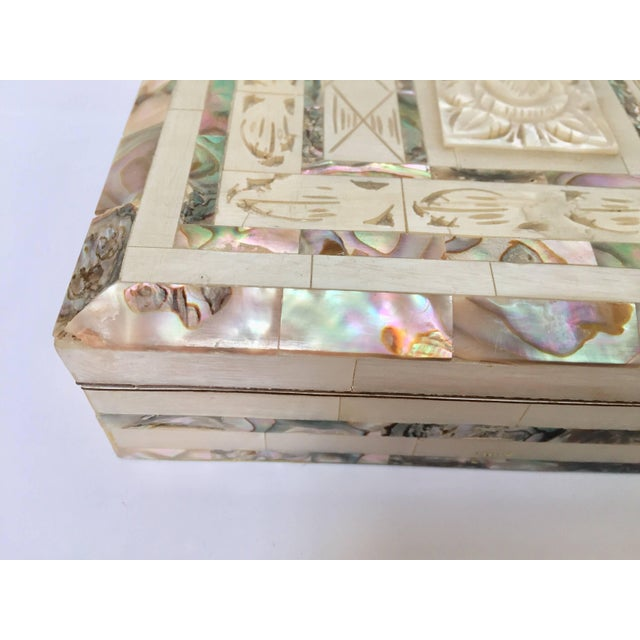 Middle Eastern Abalone and Mother-Of-Pearl Inlay Large Rectangular Box For Sale - Image 12 of 13