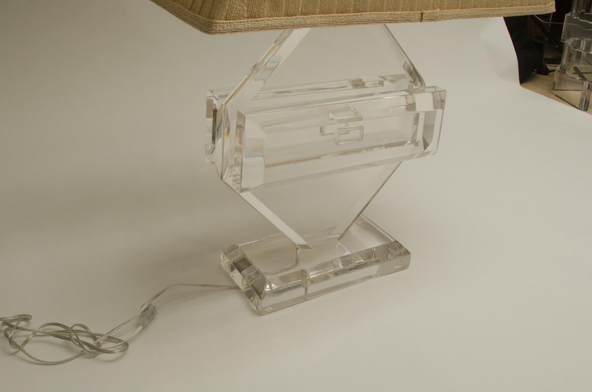 Incredible Fabulous Vintage Lucite Table Lamp by Michael Oguns DECASO
