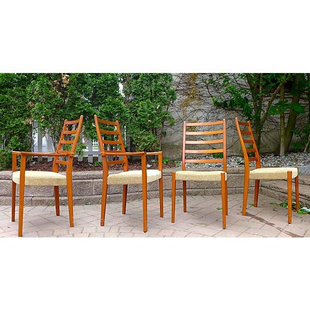 Mid Century Modern Dining Chair Set - Set of Four - Image 4 of 7