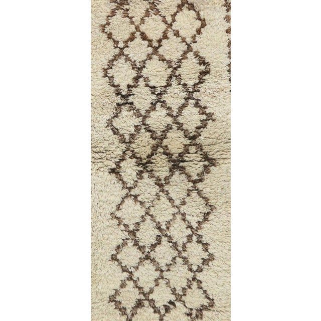 "Azilal Vintage Moroccan Rug, 2'6"" X 5'8"" Feet For Sale - Image 6 of 6"
