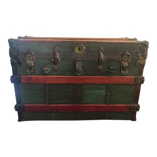 Vintage Top Steamer Trunk For Sale