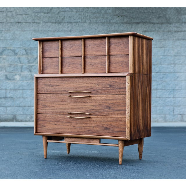 Mid-Century Modern Kent Coffey Eloquence Dresser - Image 2 of 7