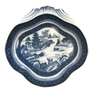 Mottahedeh Blue Canton Shell Dish For Sale