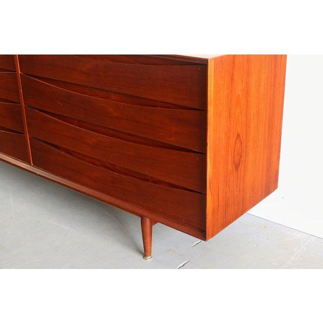 Mid-Century Modern Arne Vodder Large Eight-Drawer Dresser/Credenza Designed by Arne Vodder for Sibast, Denmark For Sale - Image 3 of 4