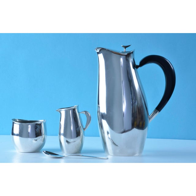 1950s Robert King and John Van Koert for Towle Silversmiths 'Contour' Coffee or Tea Service, 1951 - 4 Pc. Set For Sale - Image 5 of 9