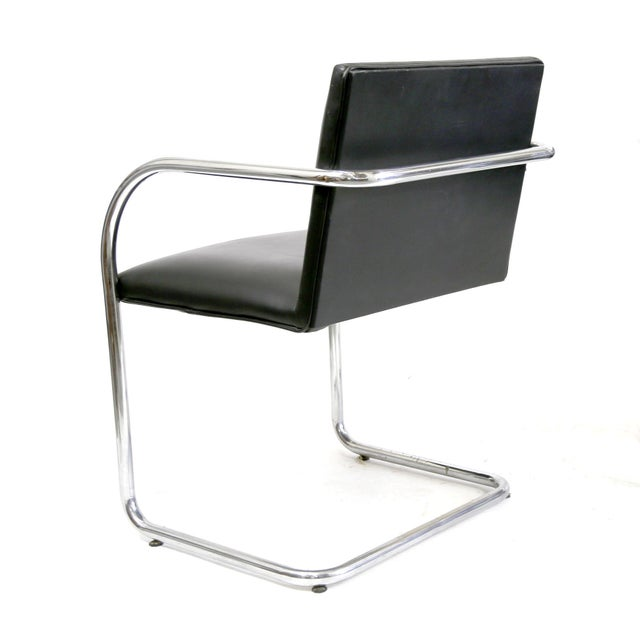 Replica Bauhaus Cantilever Quot Brno Quot Black Leather Chairs By