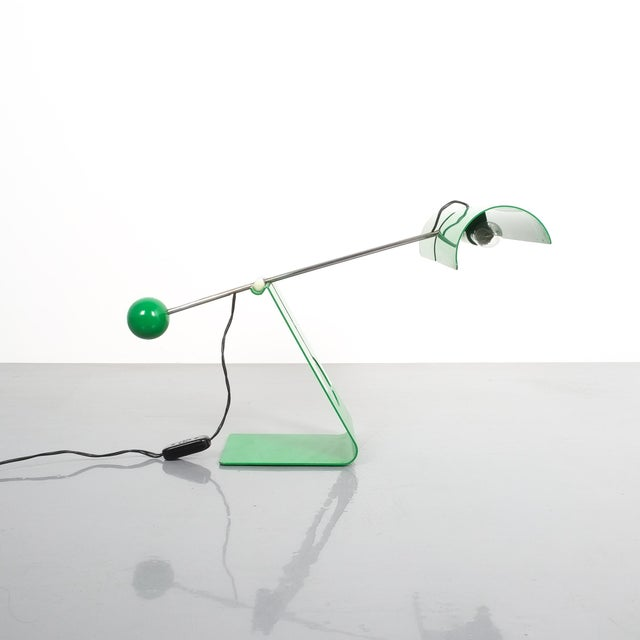 Mauro Martini adjustable counterweight table lamp Picchio, Italy, circa 1965. Iconic counterbalance table light in bright...
