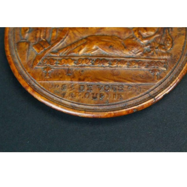 Traditional 19th Century Empire French Pressed Wood Snuff Box For Sale - Image 3 of 7