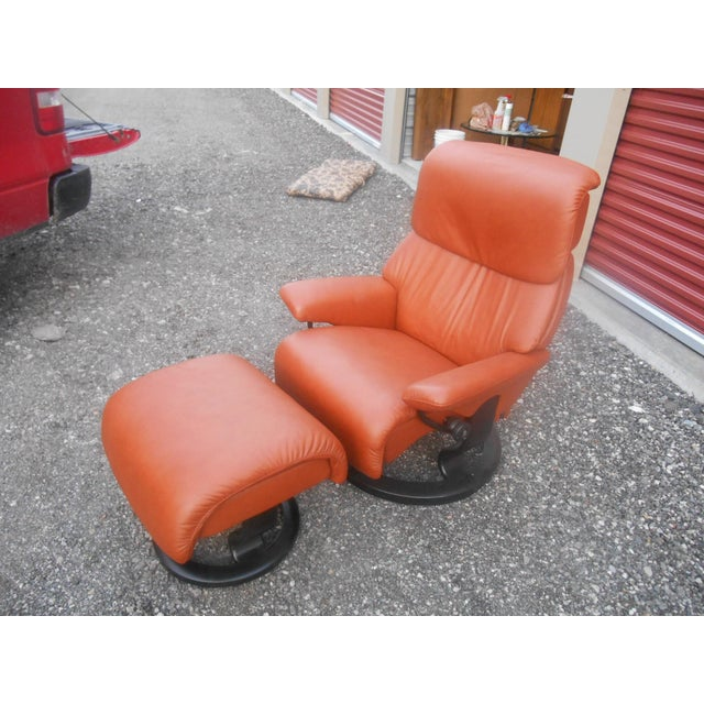 "This is a Stunning Like New Ekornes Stressless recliner chair and ottoman. It is the medium sized ""Dream"" model in the..."