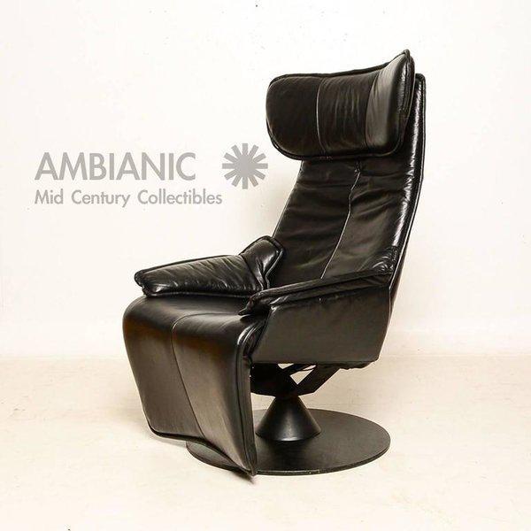 1990s Contura Zero Gravity Recliner Chair by Modi, Hjellegjerde For Sale - Image 5 of 9