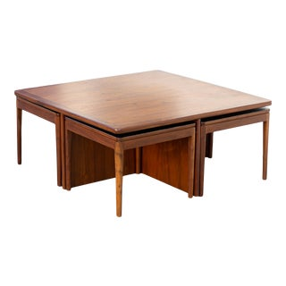 Vintage Refinished Drexel Coffee Table With Four Nesting Snack Tables For Sale
