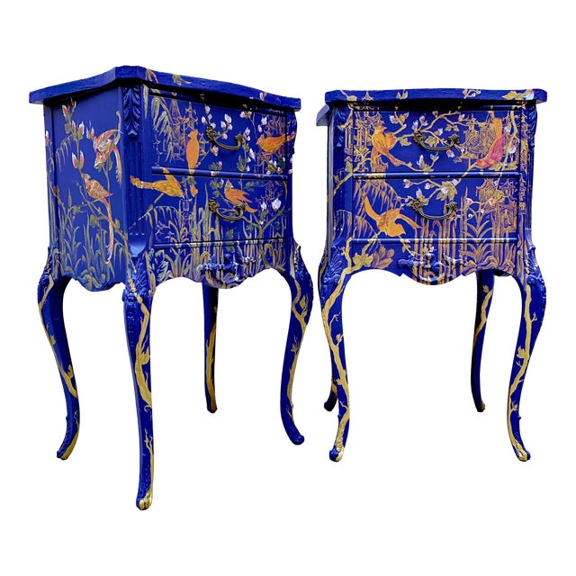 1930s Hand Painted Chinoiserie Nightstands with Birds - a Pair For Sale