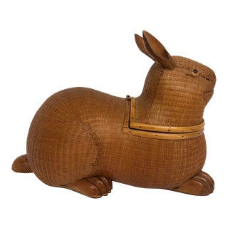 20th Century Shanghai Collection Hand Woven Wicker Rabbit Box For Sale