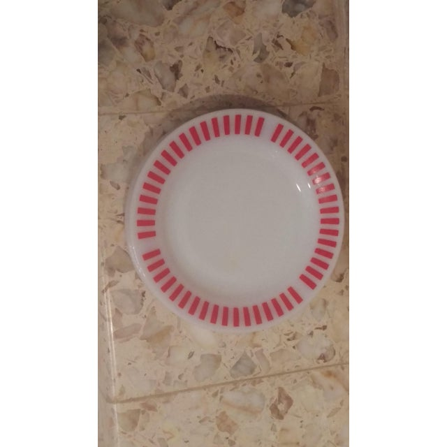 Hazel Atlas Red Candy Stripe Dinner Plates - Set of 8 For Sale - Image 10 of 11