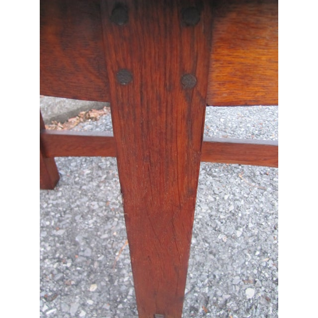 Arts & Crafts 1900s Mission L&jG Stickley Round Leather Top Center Table For Sale - Image 3 of 13