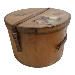 Antique Wooden Hatbox With a Red & White Star Line Transatlantic History For Sale