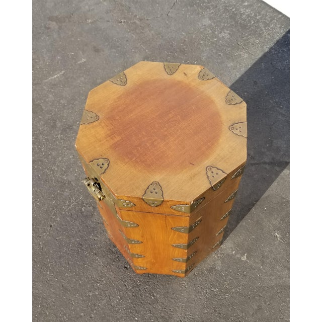 Vintage Oriental Asian Hat Box Storage Box /Stool Made in Korea 1938 For Sale In Los Angeles - Image 6 of 13
