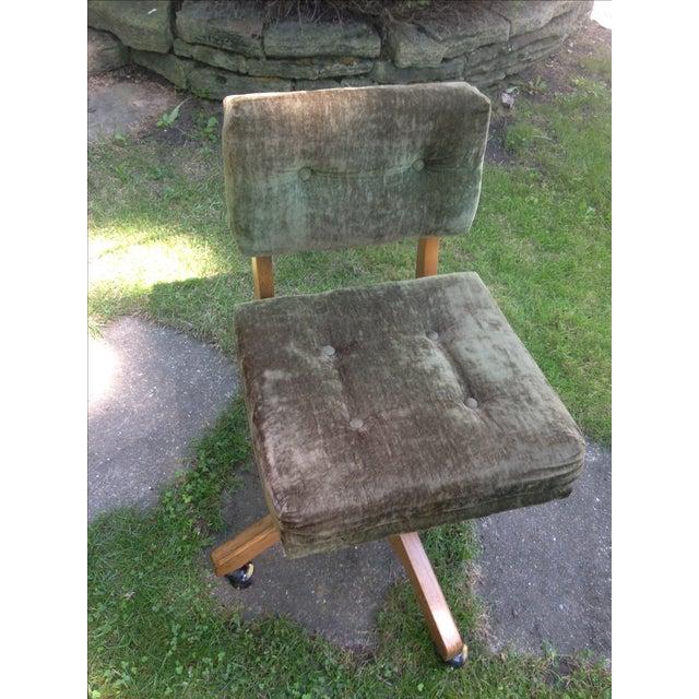 Mid-Century Green Velvet Swivel Chair - Image 9 of 10