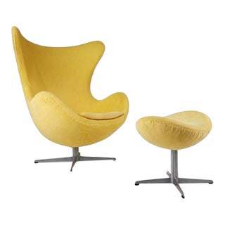 Arne Jacobsen for Fritz Hansen Model 3316 Egg Chair and Footstool