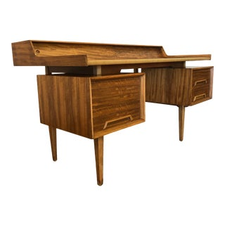 Milo Baughman for Drexel Perspective 1950s Floating Desk With Lots of Storage For Sale
