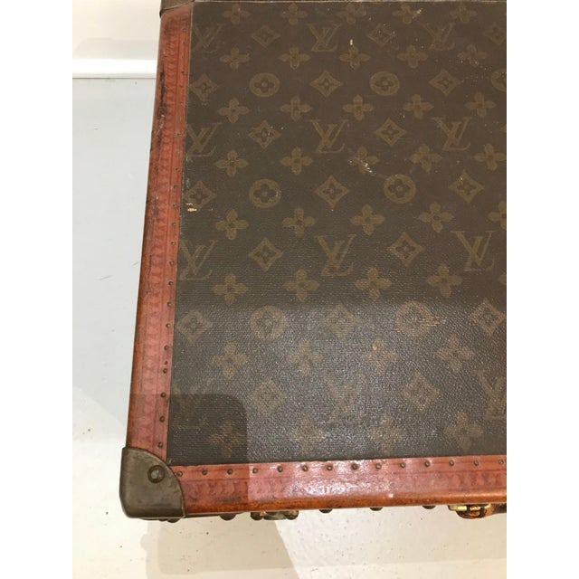 Early 20th Century Louis Vuitton Suitcase Trunk With Key For Sale - Image 5 of 13